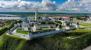 В преддверии летних туров 2020: что почитать и посмотреть про Урал