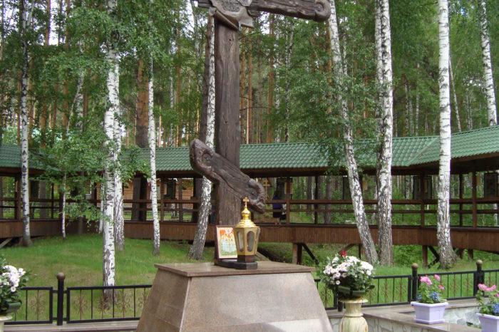 Экскурсия в мужской монастырь Царственных Страстотерпцев на Ганиной яме