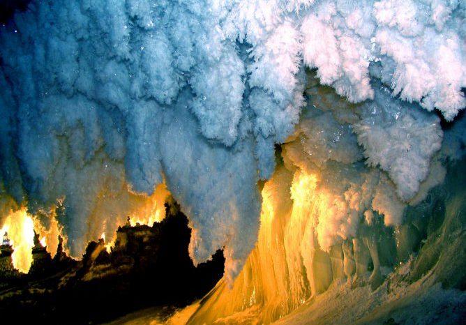 Кунгурская ледяная пещера (2 дня/1 ночь) + экскурсия по гончарной фабрике с мастер-классом